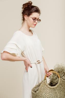 Платье с ассиметричным подолом